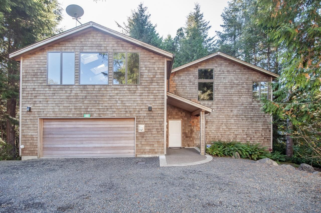 1483 SW Tintinnabulary Pl, Depoe Bay, OR 97341