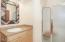 1483 SW Tintinnabulary Pl, Depoe Bay, OR 97341 - Guest Bath #2 (1280x850)