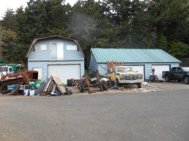 959 Siletz Hwy, Lincoln City, OR 97367