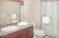 2563 SW Anchor Ave, Lincoln City, OR 97367 - Bathroom 3