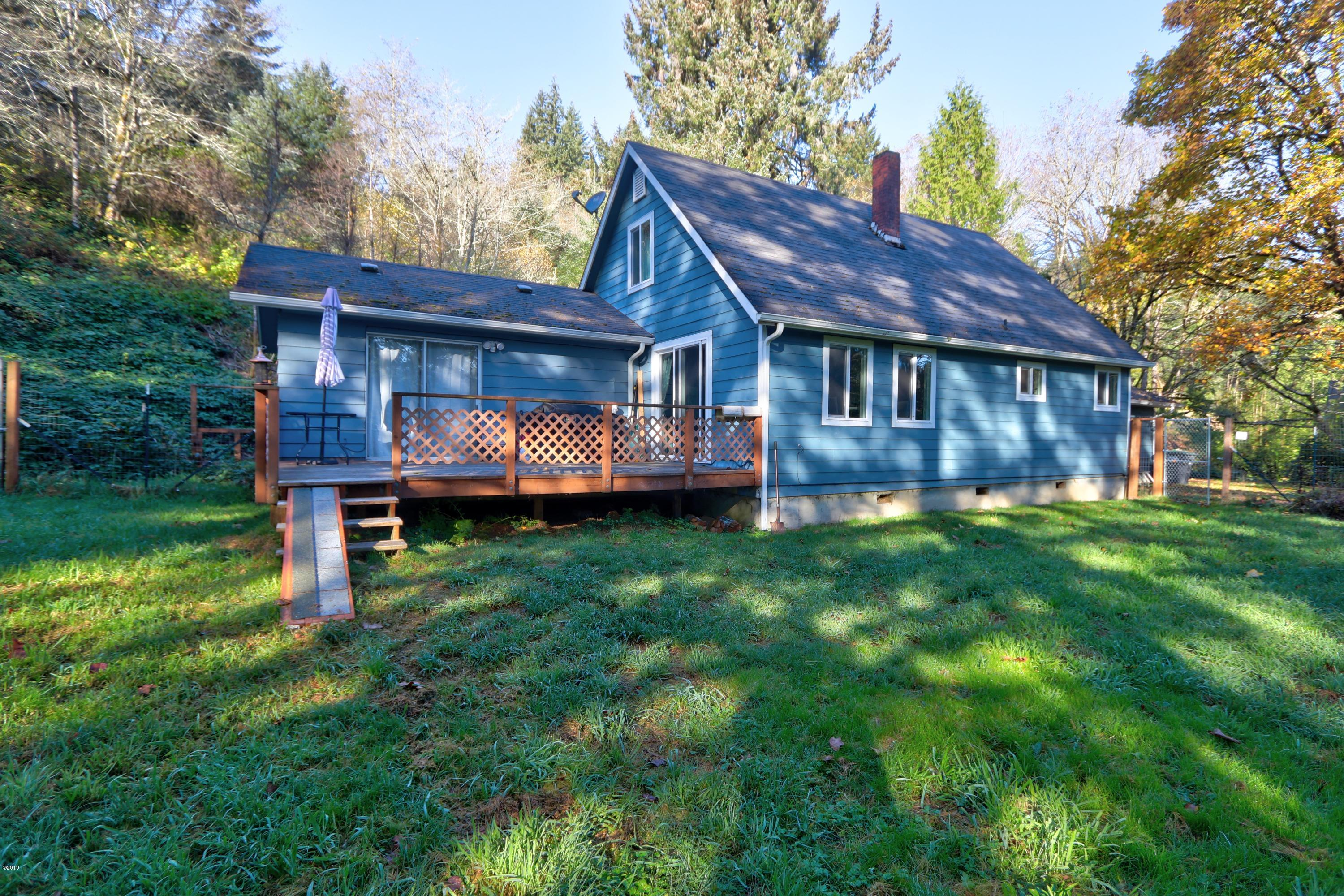 7809 Hwy 20, Toledo, OR 97391 - House
