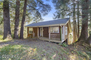 779 N Hemlock Street, Cannon Beach, OR 97110 - Main Home