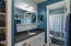 479 SE Neptune Ave, Lincoln City, OR 97367 - Bathroom (upstairs)