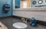 479 SE Neptune Ave, Lincoln City, OR 97367 - Bathroom (upstairs) 2