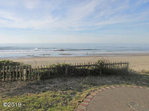 3733 SW Anchor Ct, Lincoln City, OR 97367 - Panoramic Ocean View