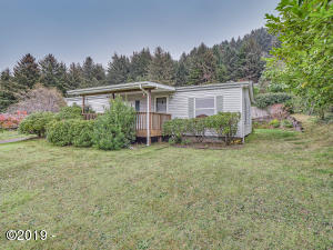 240 Oregon Coast Hwy, Yachats, OR 97498