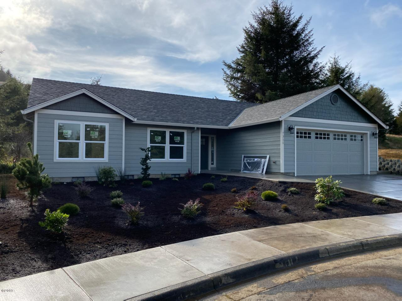 7355 Kahana Court, Pacific City, OR 97135 - Front Landscaping