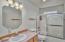 5760 Hacienda Ave, Lincoln City, OR 97367 - Main Bathroom