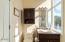 1123 N Hwy 101, 25, Depoe Bay, OR 97341 - Bathroom 3