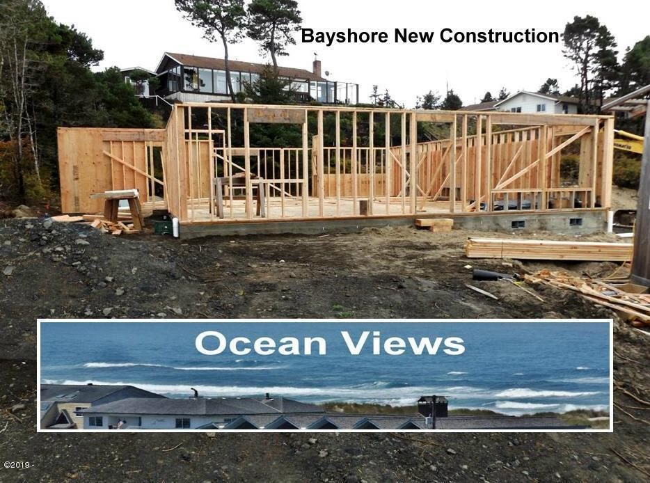 1901 NW Bayshore Dr, Waldport, OR 97394