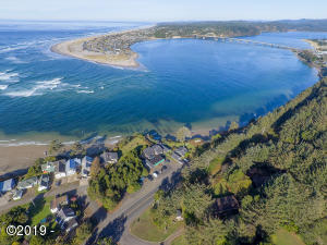 780 & 788 SW Pacific Coast Hwy, Waldport, OR 97394 - Aerial view