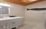 5119 NE East Devils Lake, Otis, OR 97368 - Vaulted guest bathroom view 2