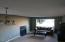 1642 Antelope Cir SW, Albany, OR 97321 - Living room