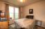 505 NE 71st Pl., M, Newport, OR 97365 - Guest Bedroom