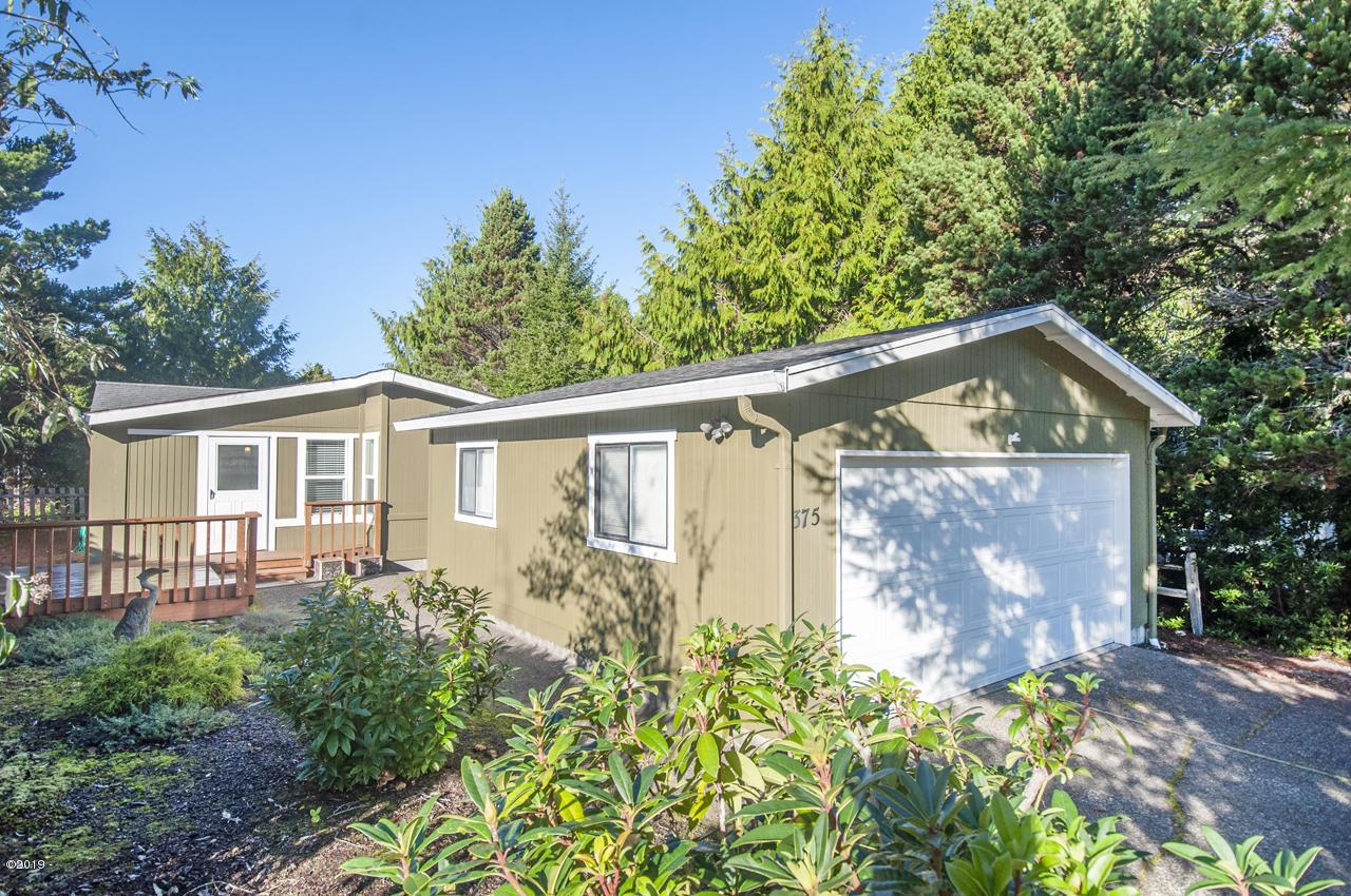 375 Seagrove Loop, Lincoln City, OR 97367 - Exterior - View 1