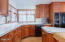 548 NE Golf Course Dr, Newport, OR 97365 - Tons of Counter space