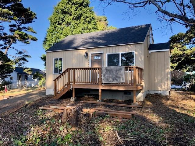1631 NE 12th Street, Lincoln City, OR 97367 - Exterior