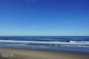 257 SW Ebb Avenue, Lincoln City, OR 97367 - View