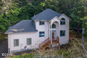 510 Collins St, Depoe Bay, OR 97341 - 510 Collins