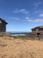 213 NW Cliff St, Newport, OR 97365 - Ocean view to the NW (004)