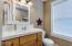 2772 SW Barnacle Ave, Lincoln City, OR 97367 - Top Floor Bathroom