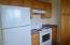 630 SW Fall Street Unit #3, Newport, OR 97365 - Kitchen