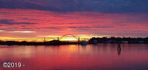 1000 SE Bay Blvd, J-2 427, Newport, OR 97365 - Yaquina Bay Sunset