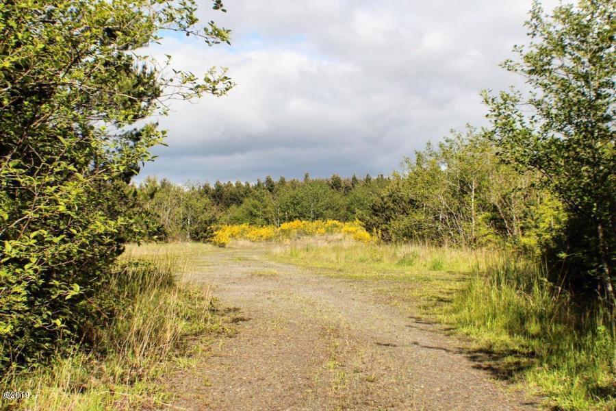 TL 200+201 Fox Creek Way, Seal Rock, OR 97376