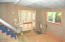 865 SW 6th St, Lincoln City, OR 97367 - Main Level Entry b