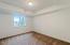 2260 NE Surf Ave., Lincoln City, OR 97367 - Garden level bathroom