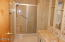 5405 NW Pacific Coast Hwy, 14, Waldport, OR 97394 - Master Bathroom