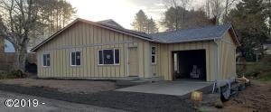 3275 NW Mast Ave, Lincoln City, OR 97367 - Home