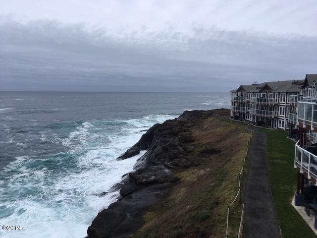 939 NW Hwy 101, 318 WEEK K, Depoe Bay, OR 97341 - Whale Pointe