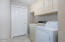 2421 NW Oceanview Dr, Newport, OR 97365 - Laundry