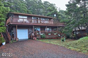 1309 NW Bayshore Dr., Waldport, OR 97394 - Front of House