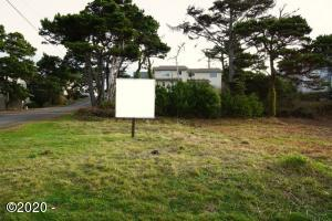 1142 NW 13th (lot 3) Street, Lincoln City, OR 97367 - Lot 3 View 1.2
