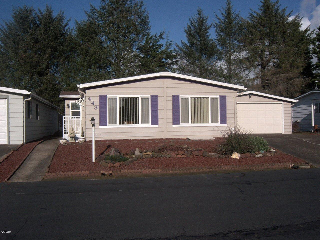 443 NE 35th St, Newport, OR 97365