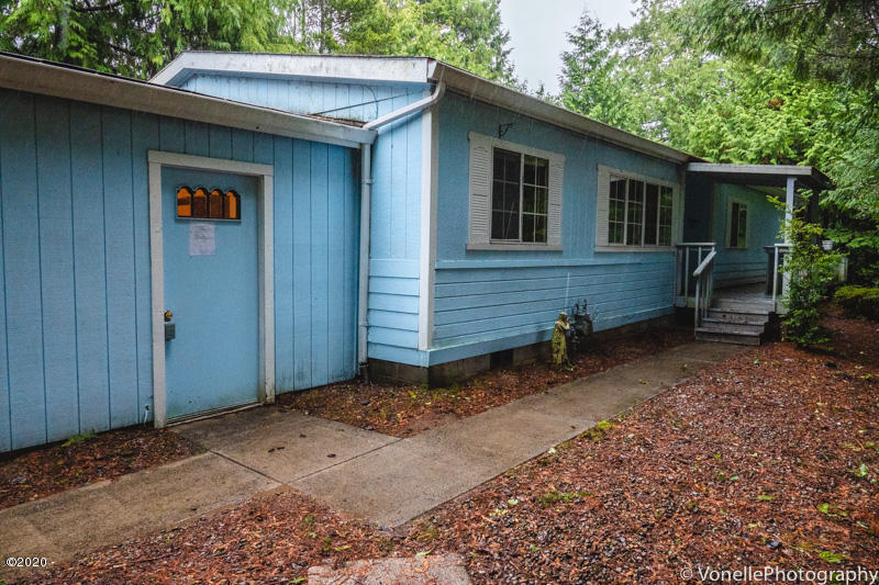 470 Seagrove Loop, Lincoln City, OR 97367 - Seagrove front