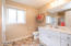 1345 NW Harbor Ave, Lincoln City, OR 97367 - Upstairs bath
