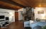 1722 NW Abbey Ct, Waldport, OR 97394 - Living Room