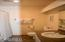 301 Otter Crest Dr, #112-113 1/12th Share, Otter Rock, OR 97369 - Full bath