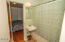 1716 NE 14th St, Lincoln City, OR 97367 - Bathroom