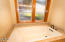 3132 NE Cascara Ct, Lincoln City, OR 97367 - Master Soaking Tub
