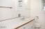 4330 SW Coast Ave, Lincoln City, OR 97367 - Main Floor Bath - View 1 (1280x850)