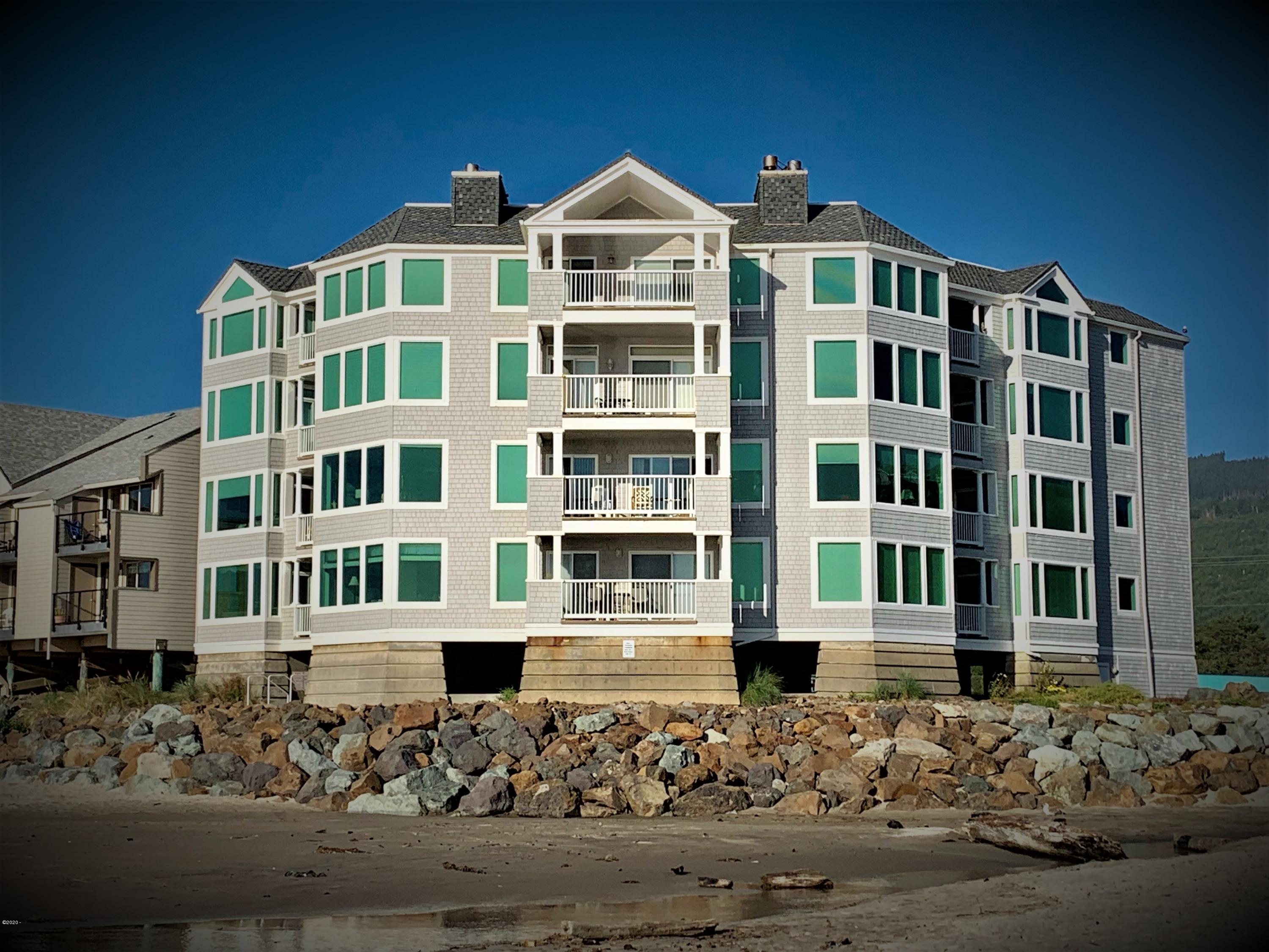 115 N Miller St, #203 (WEEK F), Rockaway Beach, OR 97136 - Seaview Condominiums