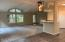 4291 SE Inlet Ave, Lincoln City, OR 97367 - Vaulted Ceilings