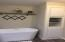 4291 SE Inlet Ave, Lincoln City, OR 97367 - Master Bath
