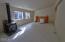 4756 Sams Creek Rd, Toledo, OR 97391 - Living Room