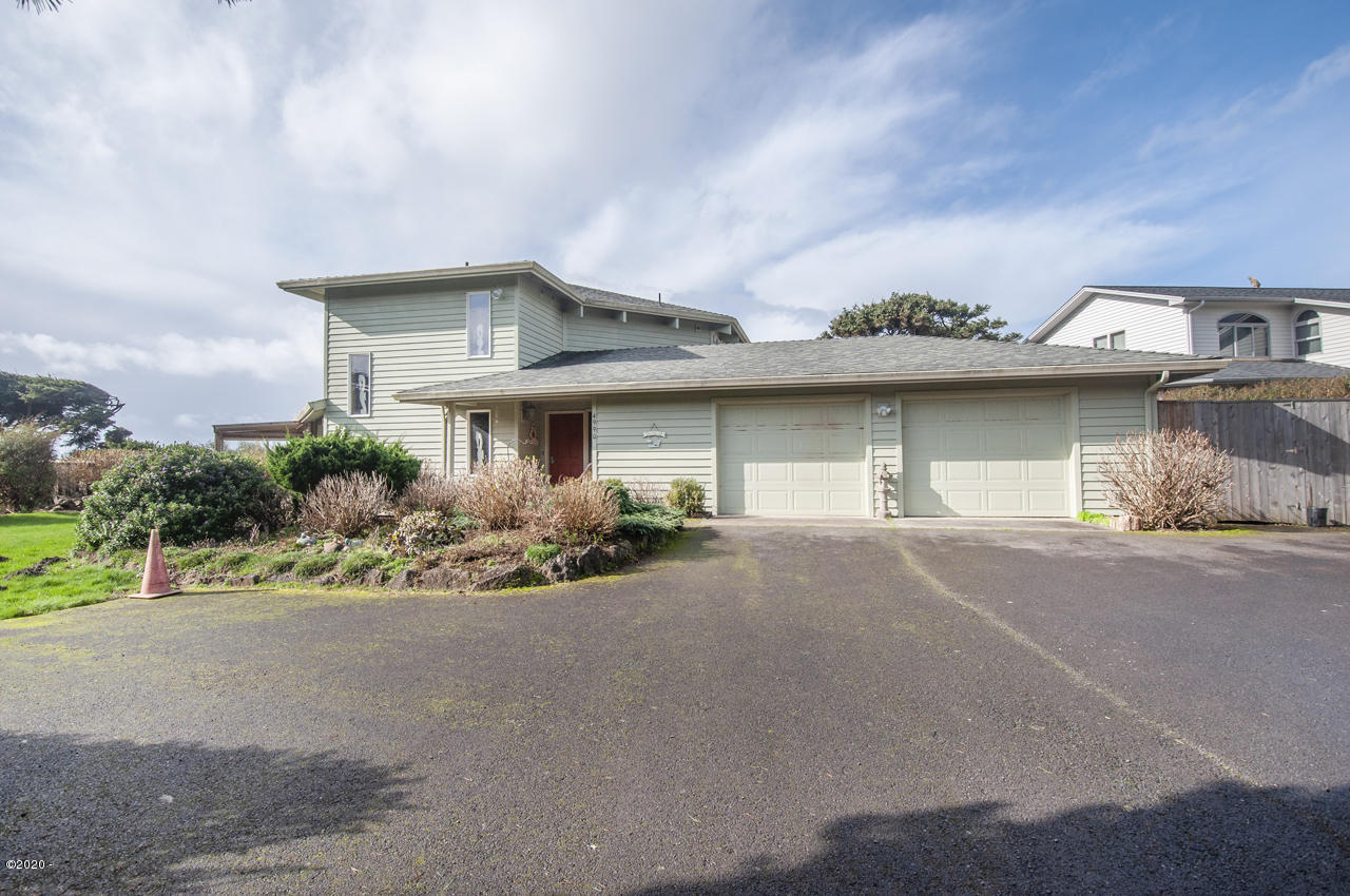 4990 SW Surf Pines Ln, Waldport, OR 97394 - Exterior - View 1