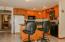 26293 Us-20, Eddyville, OR 97343 - Dining area
